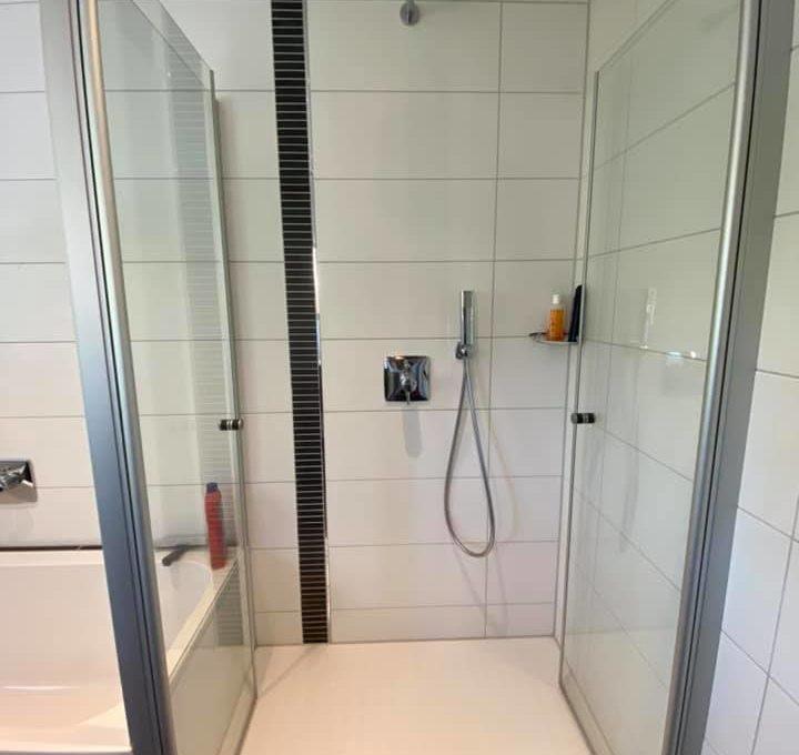 Dusche v Bad OG